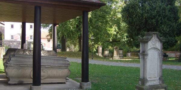 Historischer Friedhof