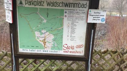 bord bij het zwembad laat zien dat de route langer zou zijn, rundweg 7. Maar dat was ie niet uiteindelijk