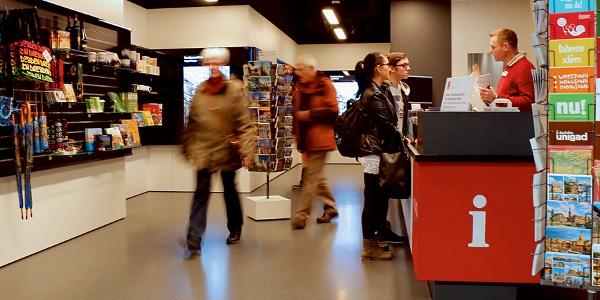 Dresden Information im Hauptbahnhof