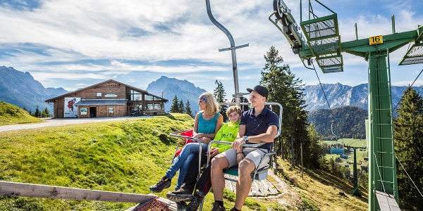 Das Kehlsteinhaus in fantastischer Lage mit Sicht auf den Untersberg