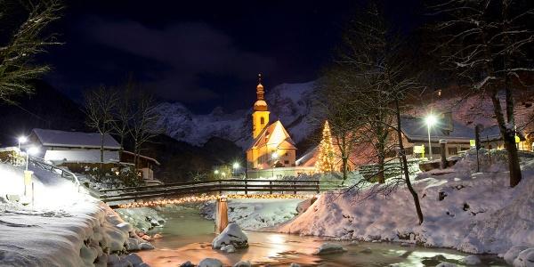 <![CDATA[Winterromantik im Bergsteigerdorf Ramsau]]>