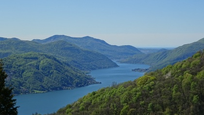 0100 Start in Cademario mit Blick auf den Lago di Lugano
