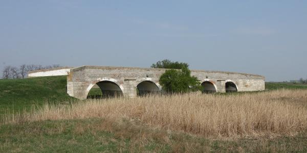 A hortobágyi Kilenclyukú híd elődje a karcagi pusztában (Zádor-híd)