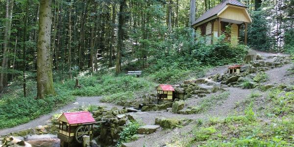 Heiliger Brunnen mit Rudolfskapelle