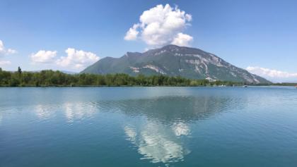 Le Grand Colombier depuis le barrage de Savières