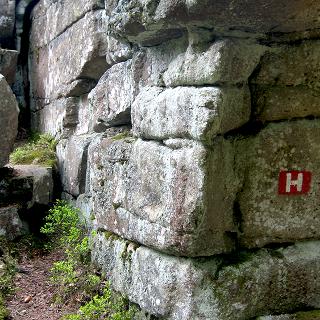 Der Wegweiser hoch zum Nußhard und Seehaus