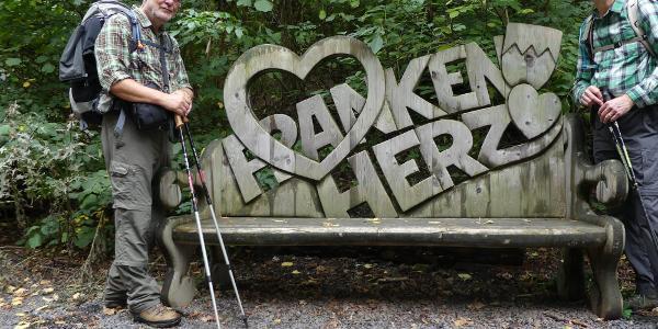 Franken zeigt ein Herz für müde Wanderer...