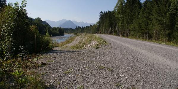 Radfahren entlang der Iller
