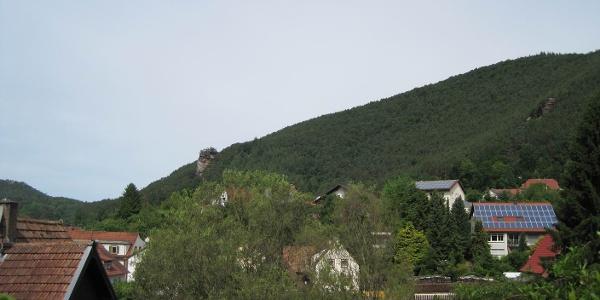 Pälzer Keschdeweg Etappe 1 Ausblick Wernersberg auf Geiersteine