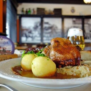 """Brauerei-Gasthaus """"Zum Schwerter Bräu"""""""