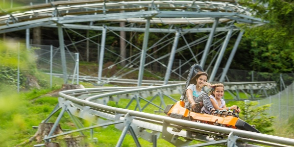 Corona Coaster in der Familienarena