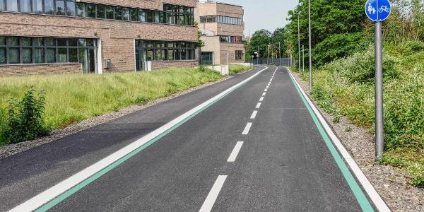 """""""Neue Fahrradautobahn"""" (RS1 in Mühlheim)"""