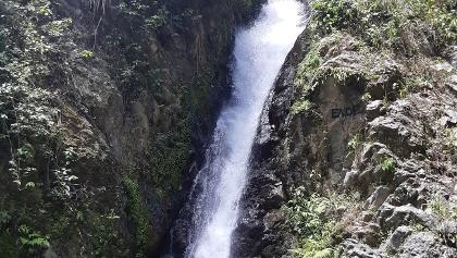 Wasserfall am Ende