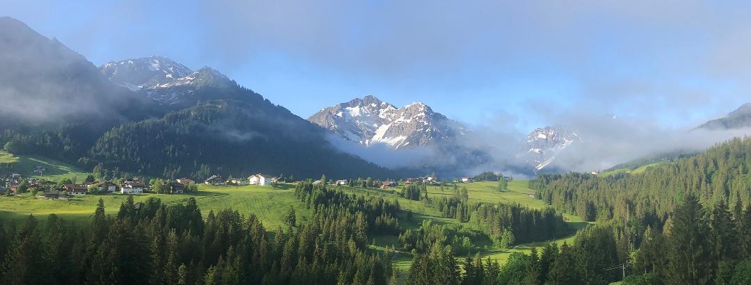 Bergpanorama Innerschwende