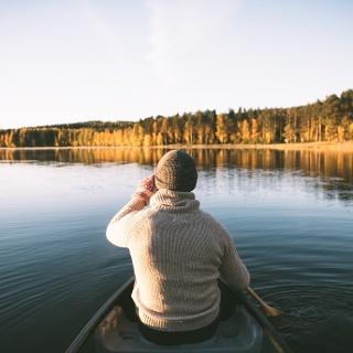 Canoeing at Lake Sjarkinen