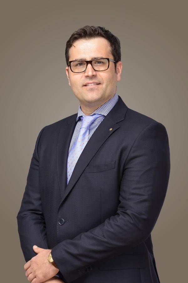 Dr. Andreas J. Kraus