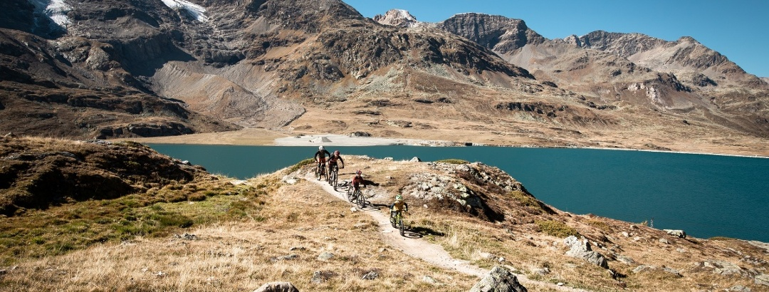 Biker am Lago Bianco