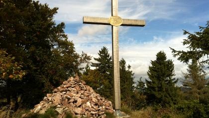 Gipfelkreuz auf dem Haderholzstein