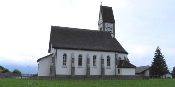 Falera: Kirche