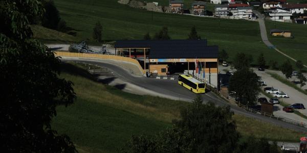 Ausgangspunkt und Endpunkt der Wanderung: Glungezerbahntalstation