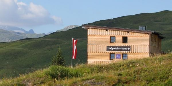 Das Hofgasteinerhaus mit neuer Fassade