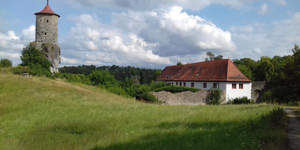 Steinerner Beutel und Burg Waischenfeld