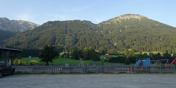 Blick von der Breitenberg Talstation auf den Breitenberg