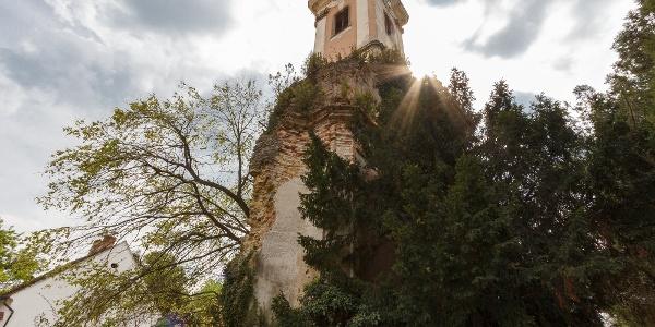 A majki kamalduli remeteség temploma