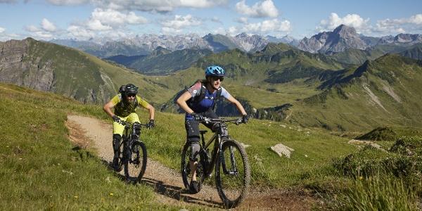 Mountainbiker am Diedamskopf