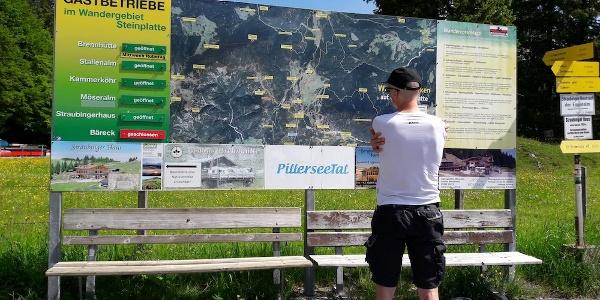 Werbetafel am Parkplatz Steinplatte (Startpunkt)