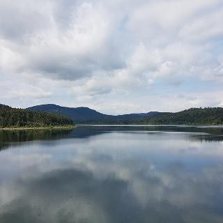Aussicht über den Granestausee in die Harzer Berge
