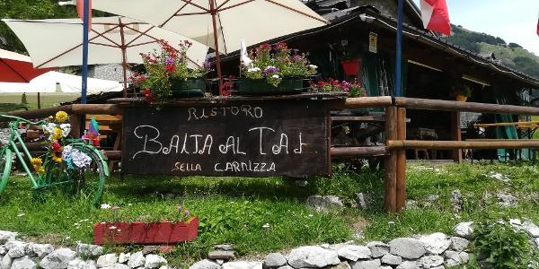 Etappenstart Nr. 17 des Julius-Kugy-Dreiländerweges in Stavoli Gnivizza bei der Baita al Taj