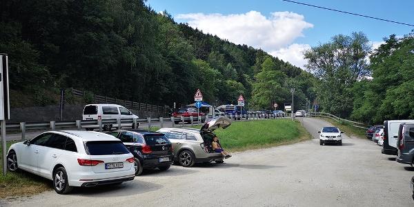 Parcheggio a Tel