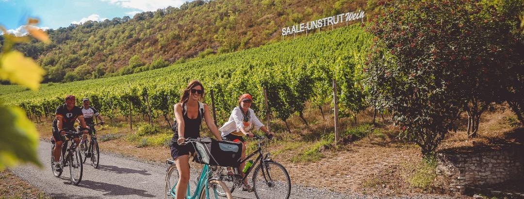 Auf dem Saaleradweg durchs Saale-Unstrut-Weinanbau-Gebiet