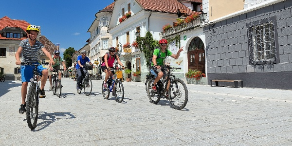 Cycling through Radovljica