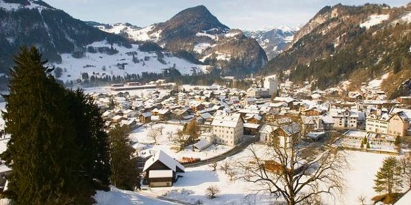 Das Dorf Grüsch - Eingang zum Prättigau