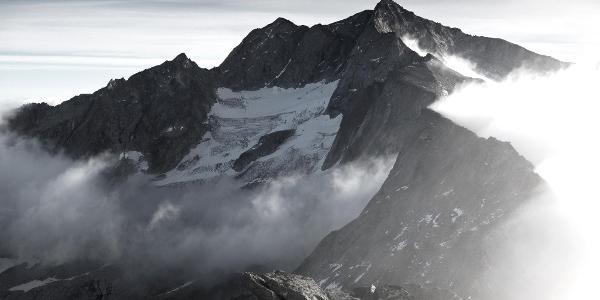 der lange Grat zur Hochalmspitze: vom Säuleck über Gussenbauerspitze und Schneewinkelspitze