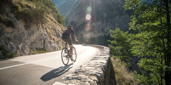 Cyclist on the Val D'Anniviers road