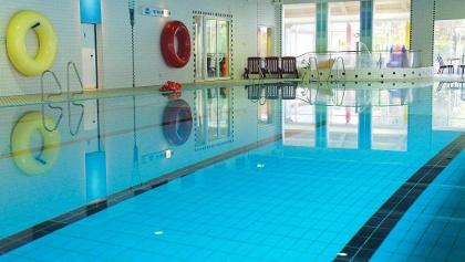 Hallenbad Schwimmerbecken
