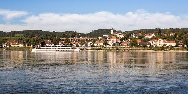 Emmersdorf mit Donau