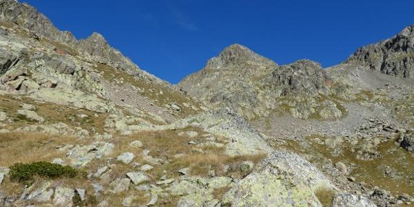 Der Gipfel der Cima di Mercantour (Mitte)