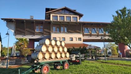 Deutsches Weintor Bockenheim