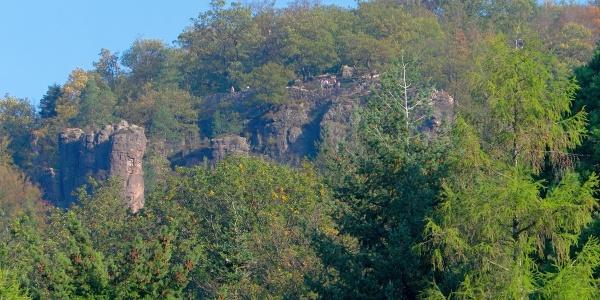 Blick von Baden-Baden auf die Battert-Felsen