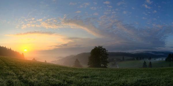Sonnenuntergang am Hirtenpfad