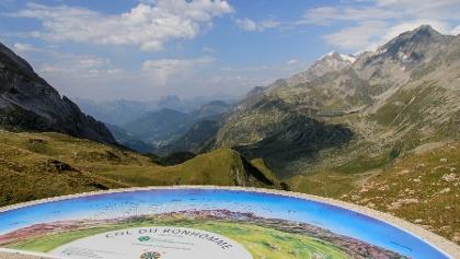 Col du Bonhomme (2.329 m) (Blick nach Les Contamines)