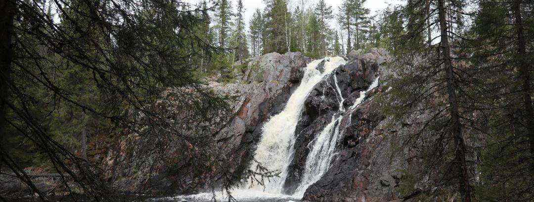 Hepoköngäs waterfall, Puolanka Paljakka, Finland