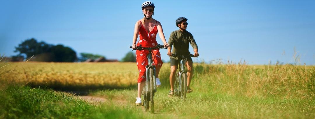 Radfahren / E-Bikes: www.deisterbike.de