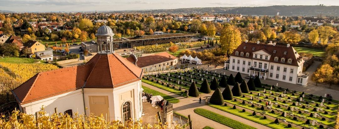 Schloss Wackerbarth im Herbst