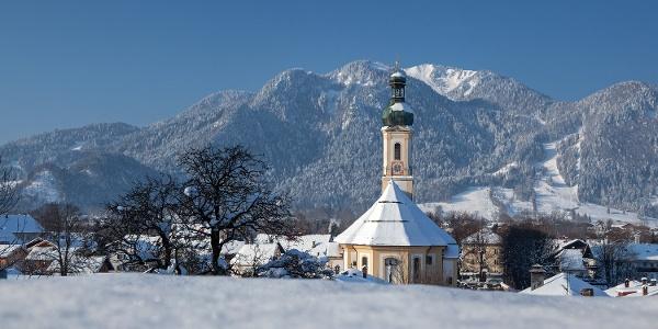 Pfarrkirche St. Jakob im Winter