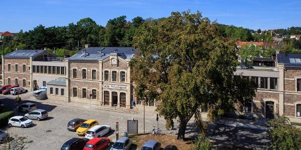 Der zum Verwaltungsgebäude umgebaute Bahnhof Freital-Potschappel
